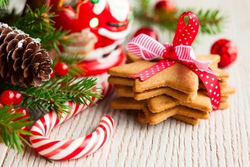Коледен благотворителен базар на 22 декември