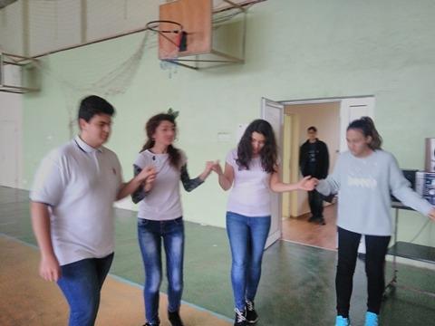 """Представителна изява на групата по  народни танци по проект """"Твоят час"""""""